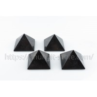 4 Polished Pyramids 50 mm at the price of 3! Only this month!